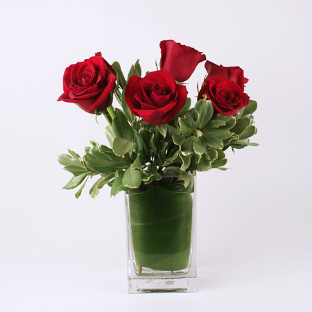 Traditional Six Rose Arrangement