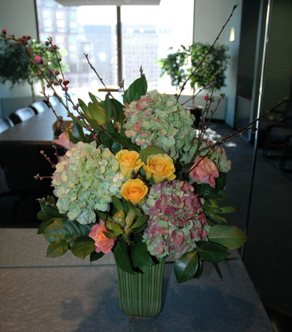 """Elegante Semplice"" Flower Arrangement"