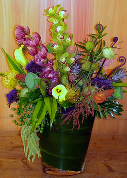 Hello Havannah Flower Arrangement