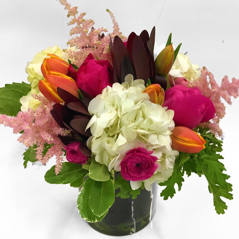 Summer Sweetheart Floral Arrangement