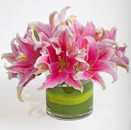 Simply Lily Flower Arrangement