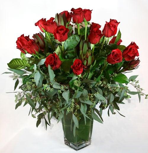 2 Dozen Flowers - Valentine Famoso Roses