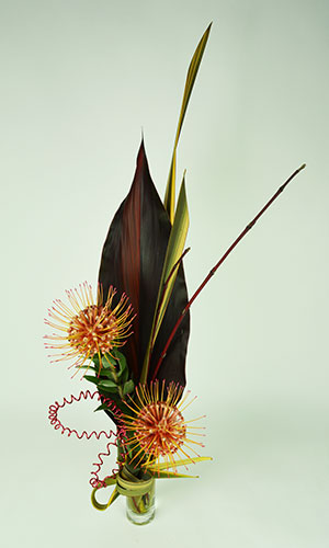 Pin Up Flower Arrangement