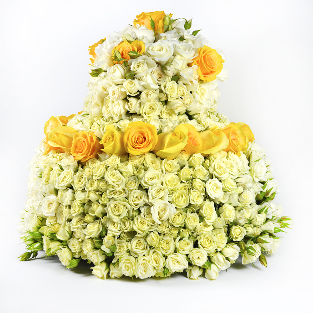 Cake of Roses, Roses and Roses Flower Arrangement