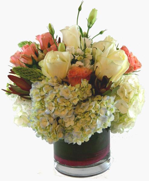 Un Tocco di Romanzesco Flower Arrangement